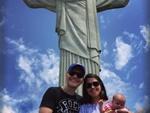 Michel Teló curte passeio ao Cristo Redentor ao lado da esposa e ...